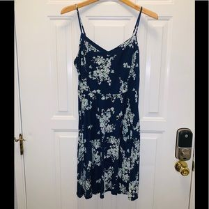 Old Navy L Dress